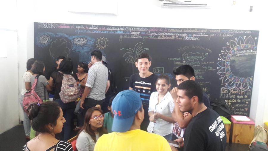 Centro de Emprendimiento Unifranz lanzó el Startup en Economías Naranjas