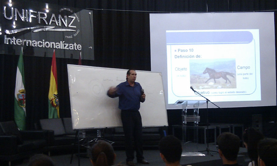 Club de Ciencias Unifranz Sede Santa Cruz
