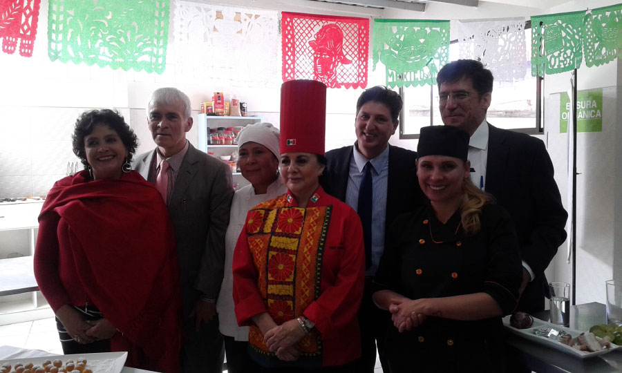 Cocina en Vivo. Con la Chef Internacional María del Carmen Sáenz.